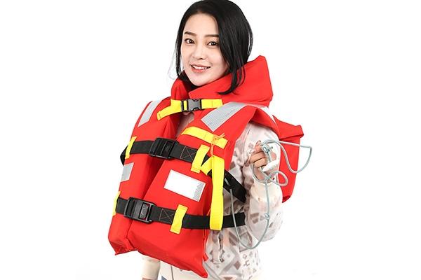 三型救生衣